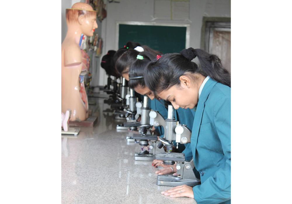 BIOLOGY LAB